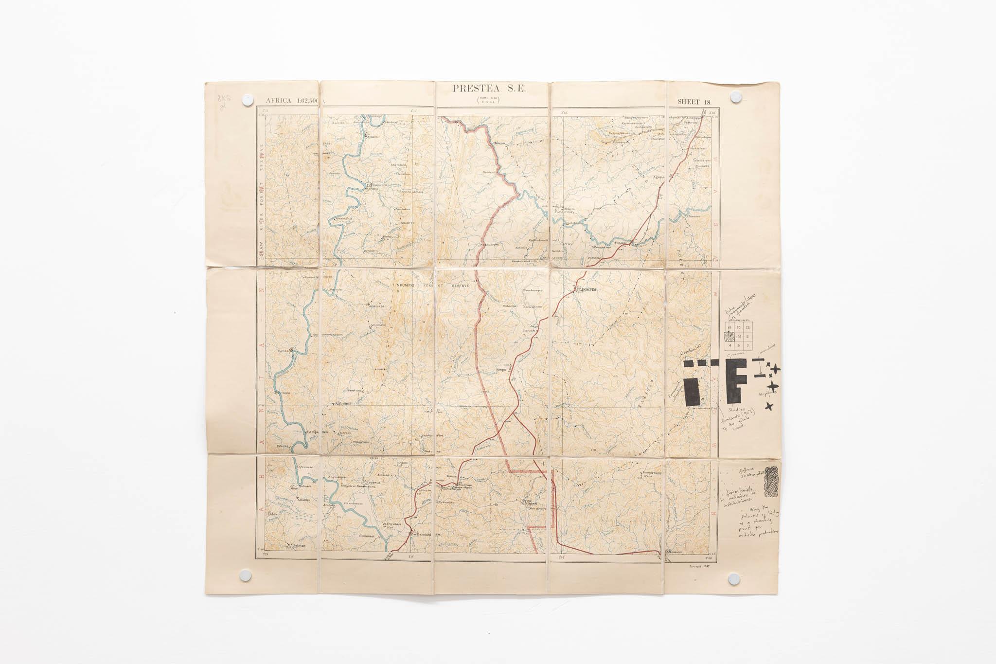 Ibrahim Mahama Prestea S.E., 1951 – 2019; mappa d'archivio, 53 x 59 cm; foto Giorgio Benni