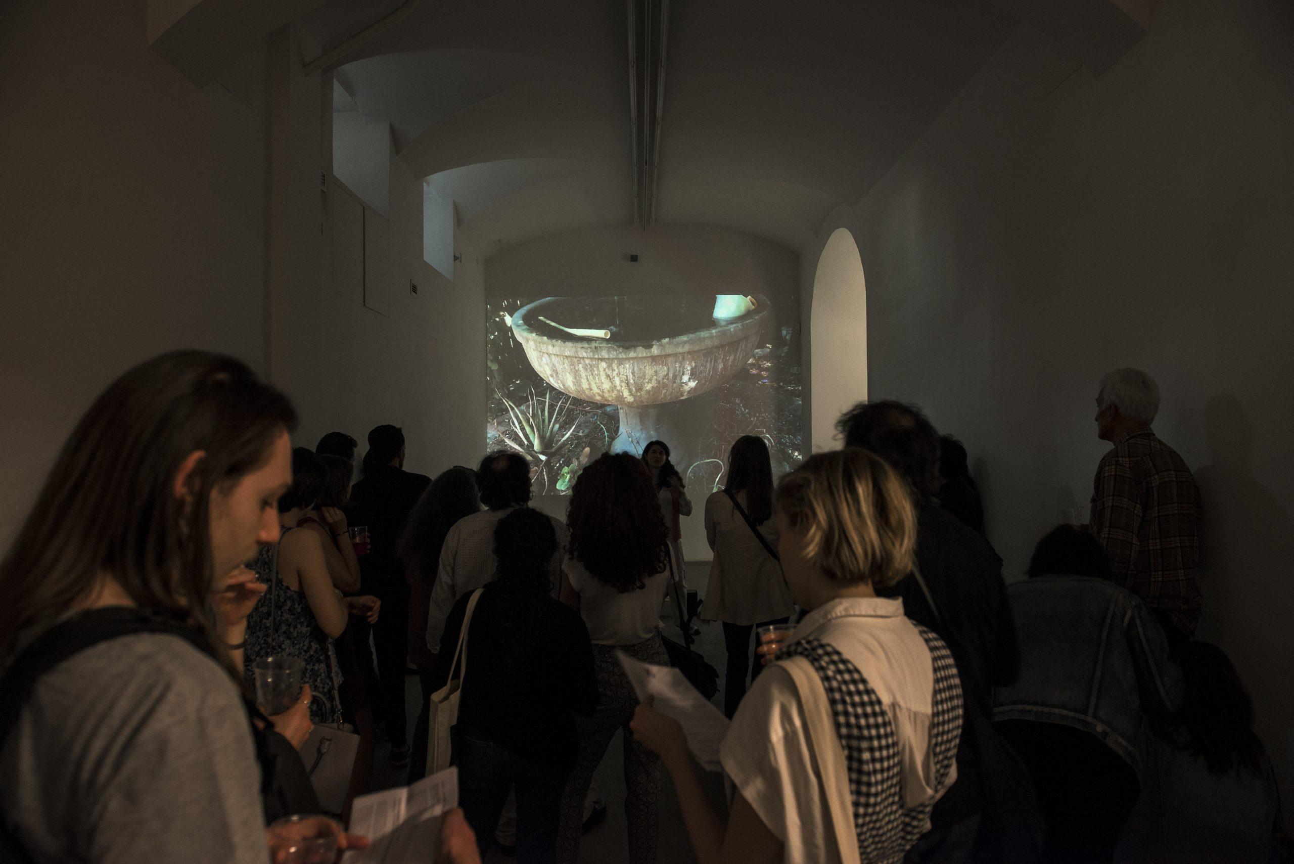 Wu Tsang Girl Talk, 2015, video; installation view presso Fondazione Giuliani, Roma, 2018 foto Roberto Apa