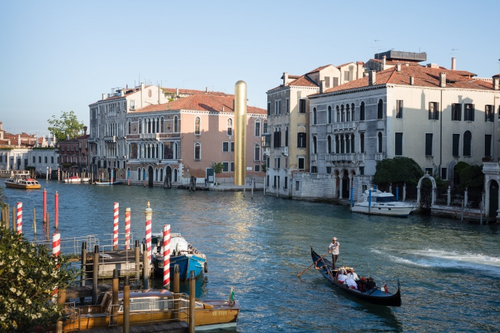 James Lee Byars The Golden Tower, Campo San Vio, Venezia