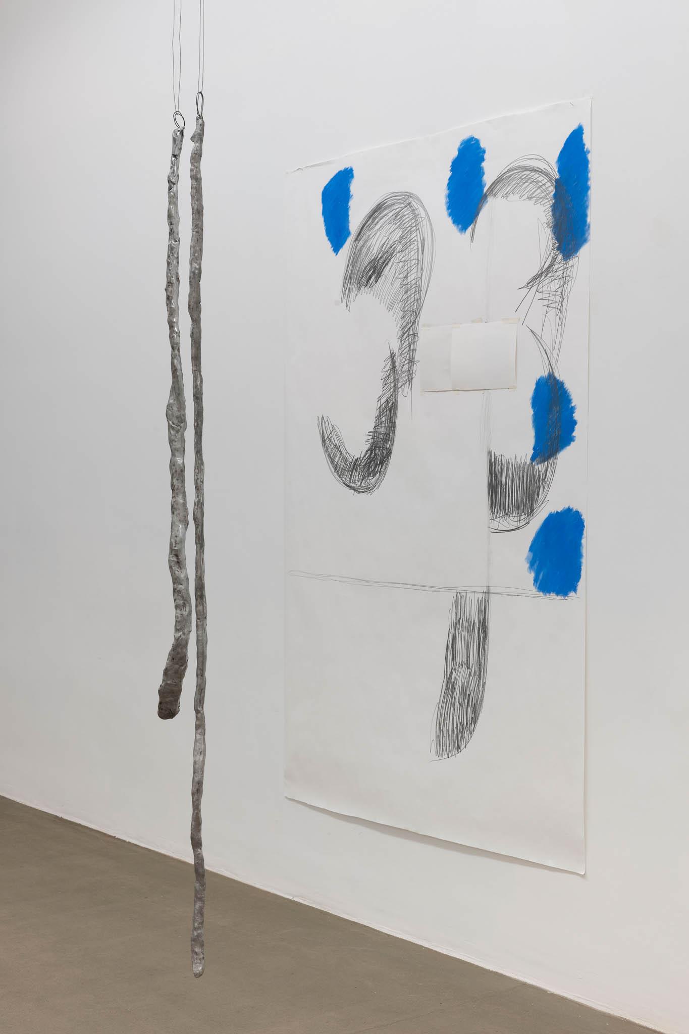 Esther Kläs Room 2, 2019 (detail), 9 pezzi di alluminio, 4 disegni; Courtesy SpazioA, Pistoia; photo Giorgio Benni