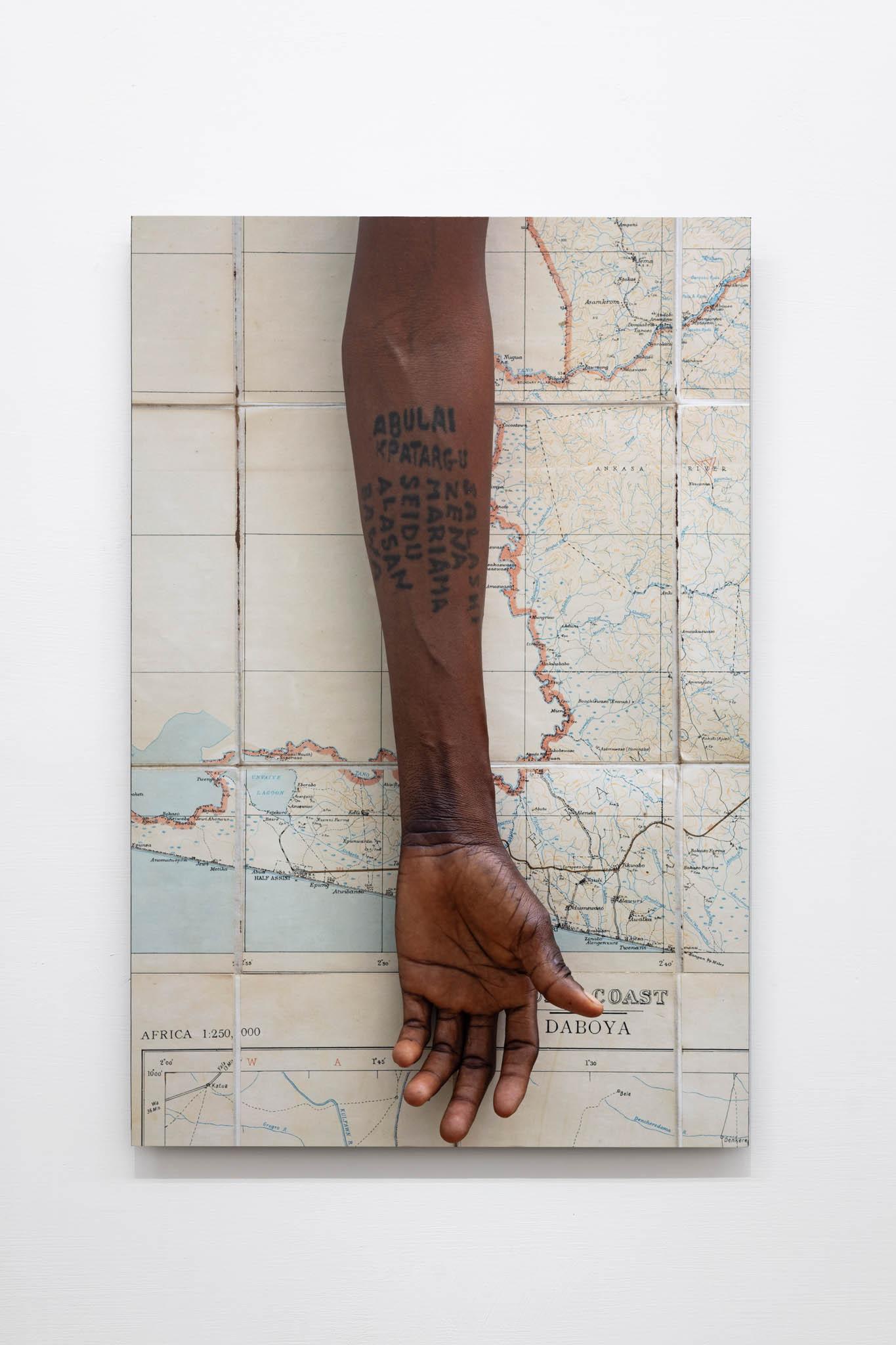 Ibrahim Mahama Seidu Bawu Daboya, 2019; C-print, 70 x 50 cm; foto Giorgio Benni