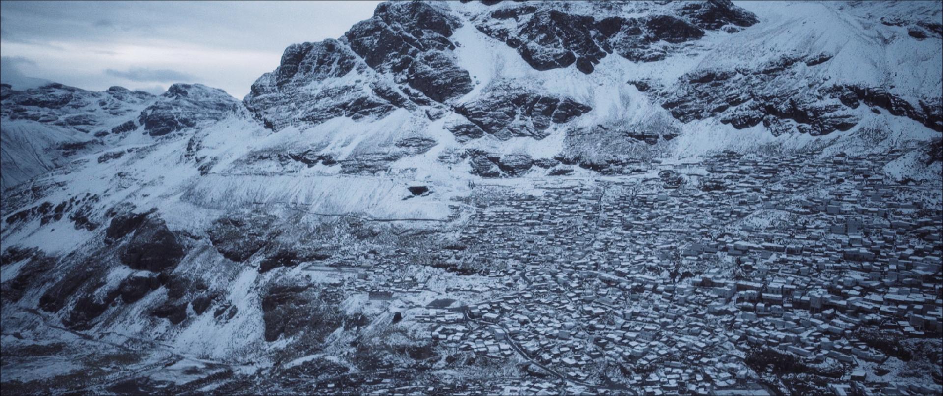 Salomé Lamas The Burial of the Dead, 2016 HD video; 90 min. Courtesy l'artista